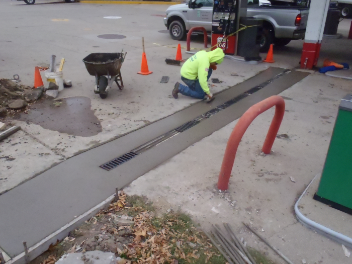 Concrete Pylon Installation West Allis 6 Mudtech